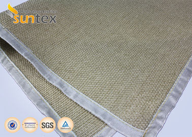 China Crowfoot Silica High Temperature Fiberglass Cloth 36OZ For Heavy Duty Welding Curtain distributor